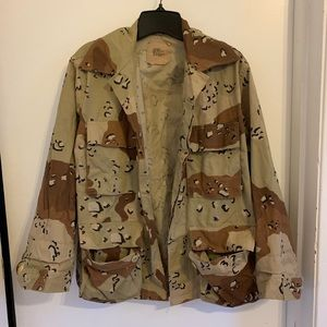 Vintage thrifted camo army jacket with pockets